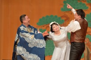 今年度友の会会員限定公演 オペラ「奥様女中」in 能楽堂